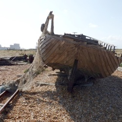 Decaying boat, Dungeness. © Mari French 2019